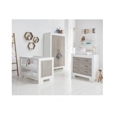 Babystyle Chicago Nursery Furniture Set