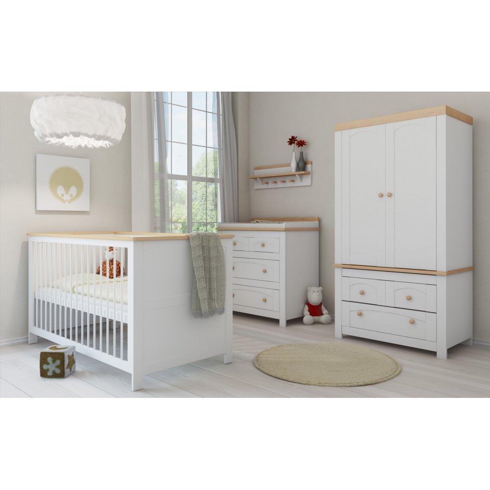 Nursery Furniture : Petite Dreams Hemingway Nursery Furniture Set