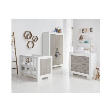 Babystyle Chicago Nursery Furniture Set
